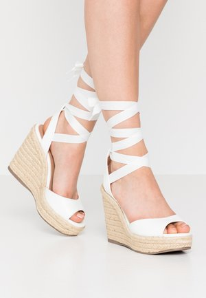 PADY TIE UP WEDGE - Sandaler med høye hæler - white