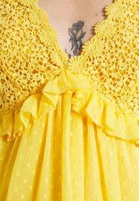 Lace & Beads - RAINA DRESS - Cocktail dress / Party dress - yellow - 4