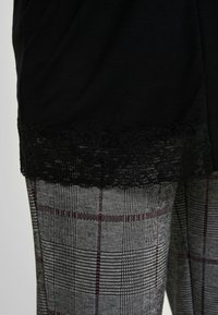 Anna Field MAMA - Cardigan - black - 6