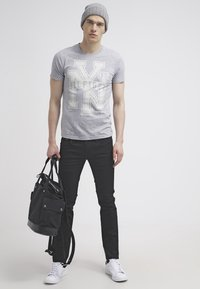 Pepe Jeans - HATCH - Jeansy Slim Fit - black denim - 1