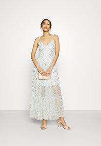 Lace & Beads - RUTH DRESS - Robe longue - mint - 1