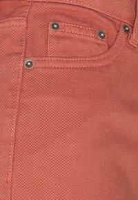 Dr.Denim Petite - AIKO CROPPED - Flared Jeans - terracotta - 2