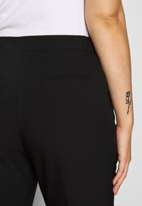 CAPSULE by Simply Be - ESSENTIAL STRAIGHT LEG - Trousers - black - 3