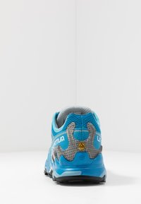 La Sportiva - ULTRA RAPTOR WOMAN - Trail running shoes - neptune/pacific blue - 3
