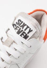Sixtyseven - Sneakers basse - white/orange - 2