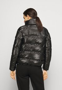 Colmar Originals - LADIES DOWN JACKET - Chaqueta de plumas - black - 2
