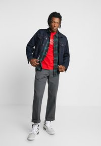 Levi's® - SUNSET POCKET - Koszula - cummings caviar - 1
