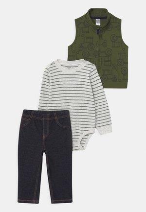 TRAC SET - Vest - khaki