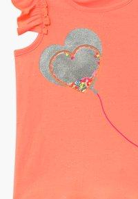 Billieblush - T-shirt z nadrukiem - peach - 3