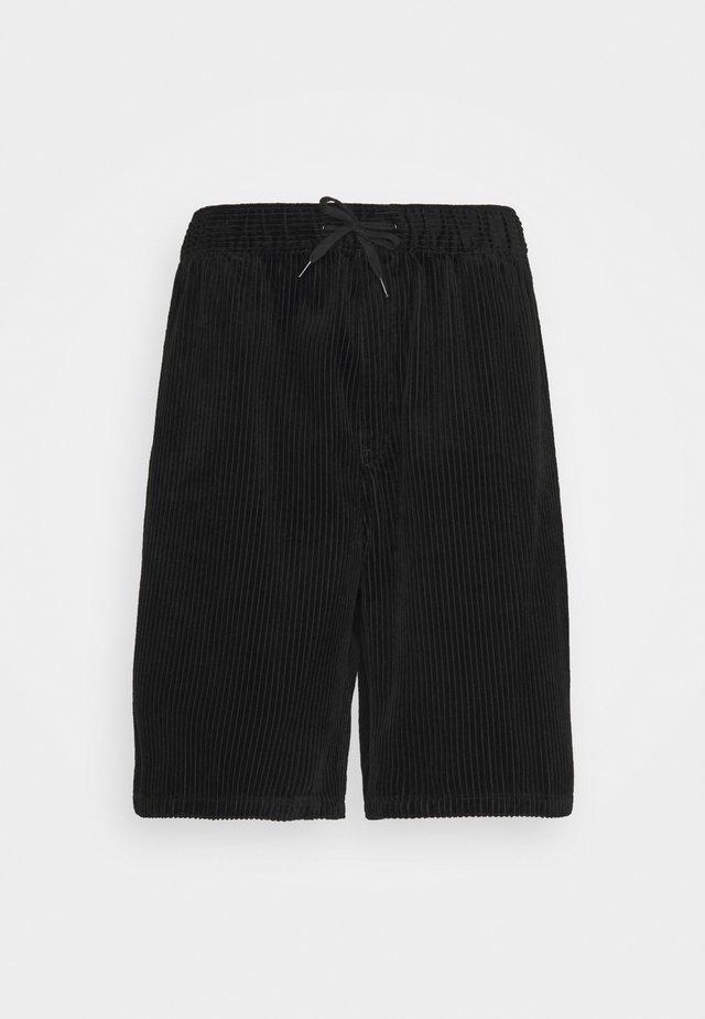 BRAVO  - Shorts - black