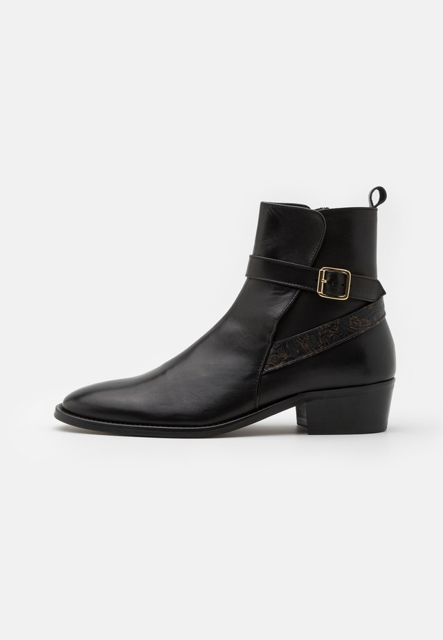 HALO STRAP CUBAN - Classic ankle boots - black