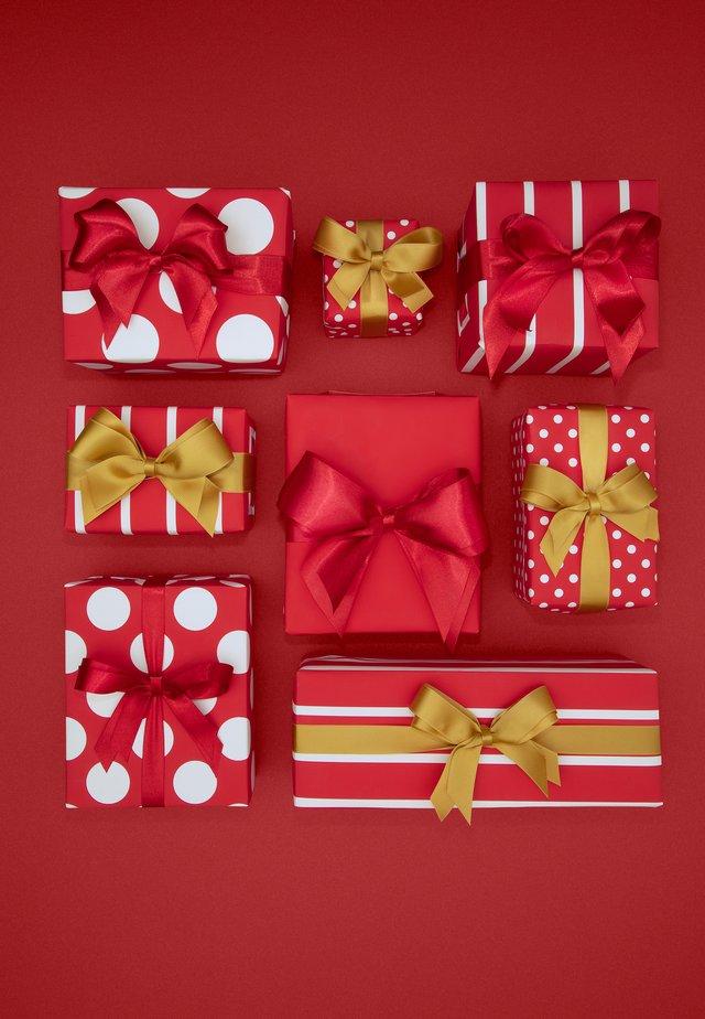 TOUT CE QUE VOUS VOULEZ POUR NOËL - Chèque cadeau