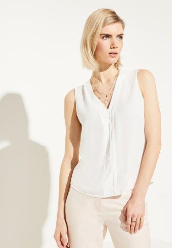 MIT EINSATZ IM LAYER-LOOK - Blouse - white