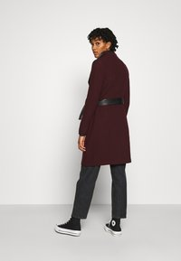 Vero Moda - VMWATERFALL CLASS - Classic coat - port royale/black - 2
