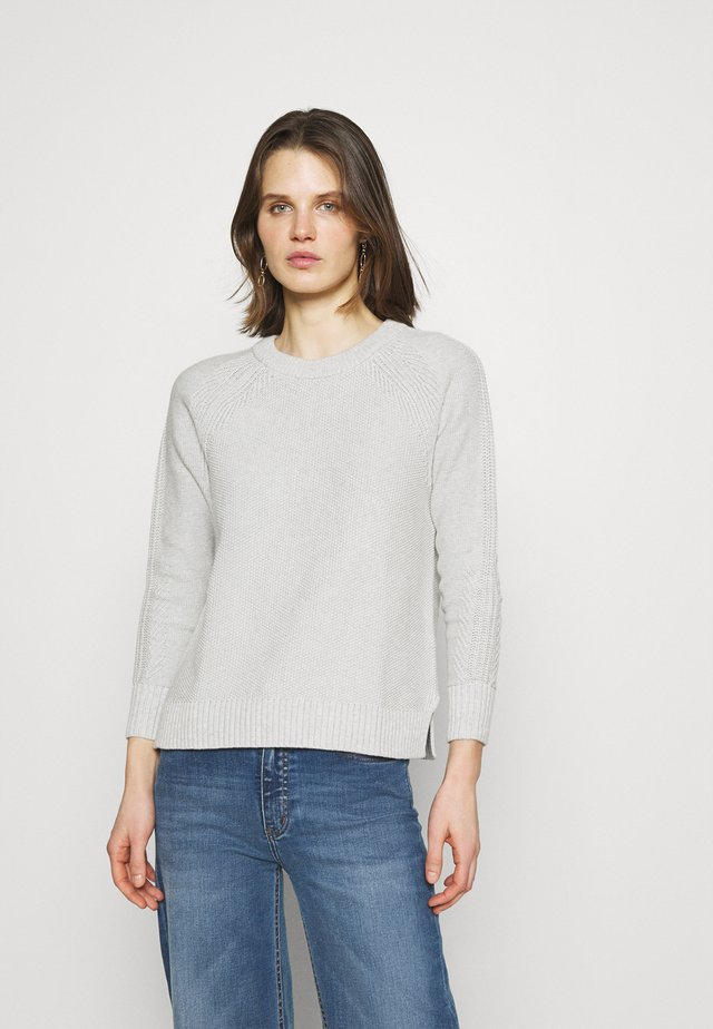 TEXTURED CREW  - Sweter - grey