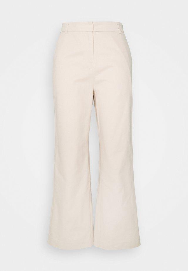 LEA PANTS - Pantaloni - cloud crème
