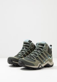 adidas Performance - TERREX SWIFT R2 MID GORE-TEX - Hikingschuh - legend erath/legend green/ash grey - 2