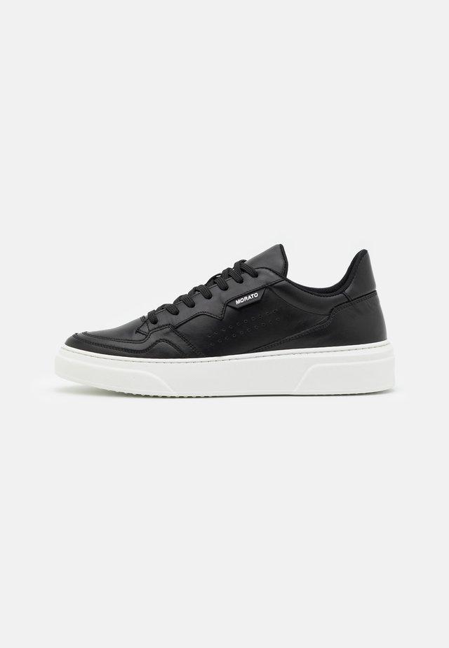 RUSTLEIN 3D LOGO PATCH - Sneakers laag - black