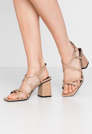 WOODIT - Sandals - sand