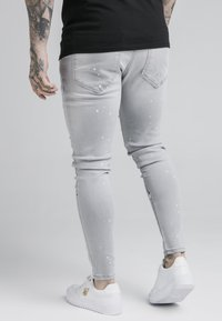 SIKSILK - ELASTICATED RIOT  - Jeans Skinny Fit - grey - 4