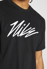 Nike Performance - DRY TEE PROJECT X - Camiseta estampada - black - 6