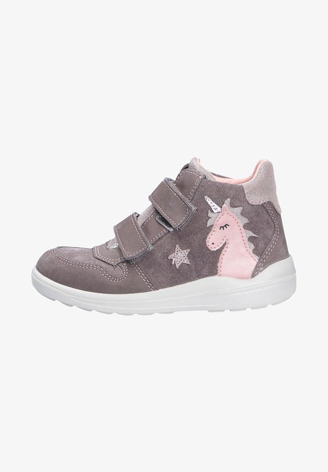 Trainers - meteor