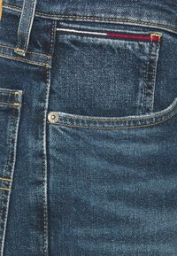 Tommy Jeans - RONNIE RELAXED DENIM SHORT - Jeansshort - blue denim - 4