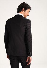 KIOMI - Kostym - black - 3