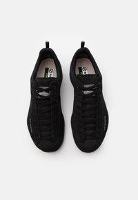 Scarpa - MOJITO GTX UNISEX - Zapatillas de senderismo - black - 3