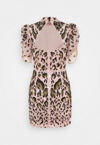 Temperley London - CANDY MINI DRESS - Koktejlové šaty/ šaty na párty - pale rose - 8