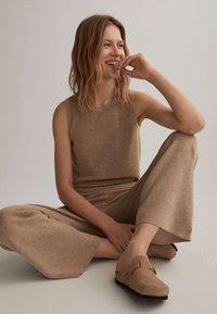 OYSHO - Trousers - beige - 4