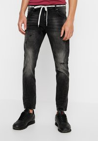 Tigha - BILLY THE KID PATCHED - Jeans slim fit - dark grey - 0