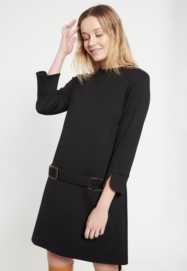 BAZKA - Shift dress - schwarz