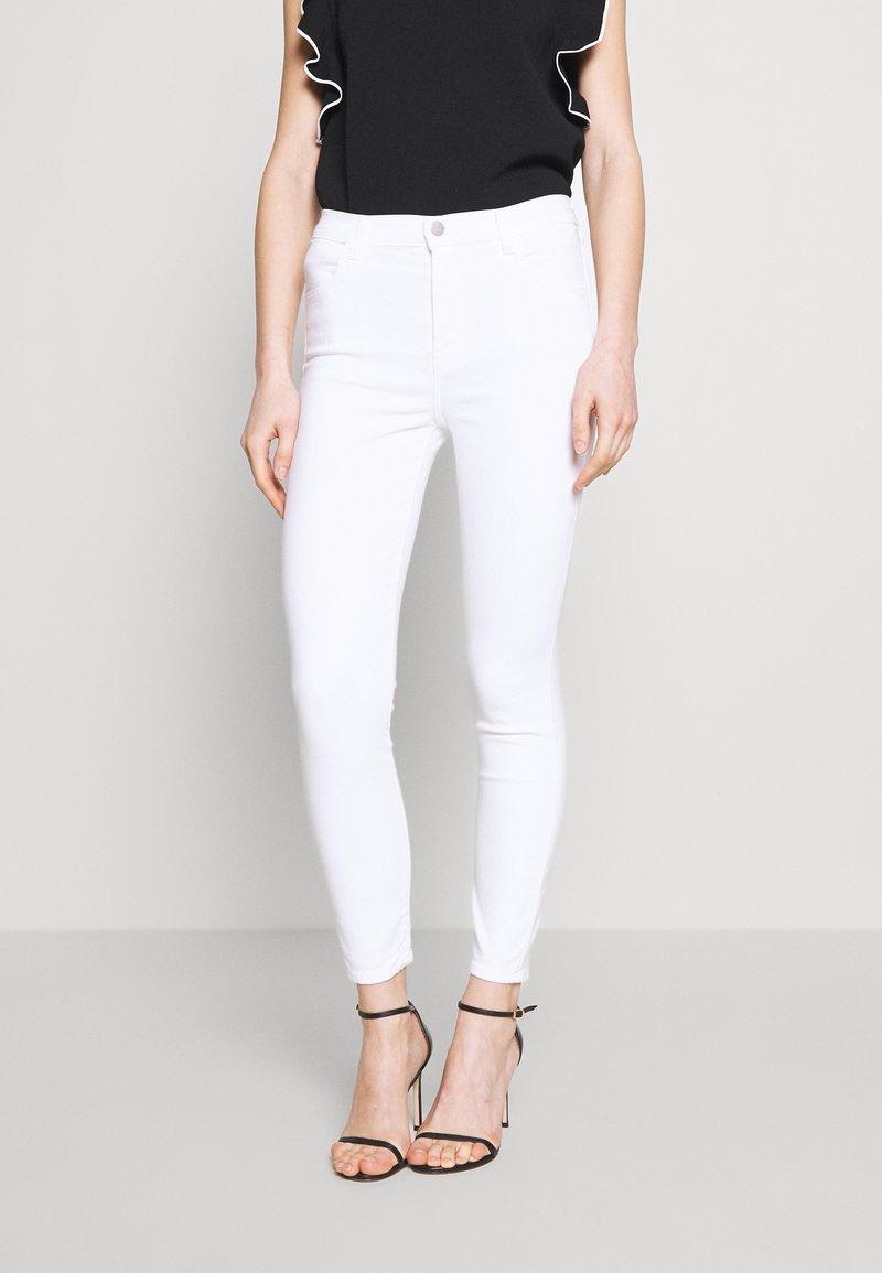 J Brand - ALANA HIGH RISE CROP  - Jeans Skinny Fit - blanc