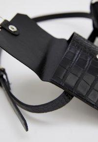 DeFacto - Belt - black - 4