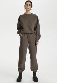 Gestuz - RUBI - Sweatshirt - brown - 1