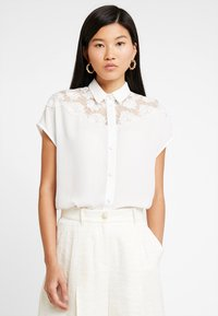 mint&berry - Button-down blouse - white alyssum - 0