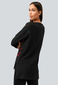 Alba Moda - Sweatshirt - schwarz,rot - 1