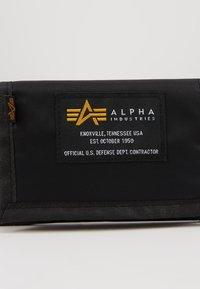 Alpha Industries - CREW WALLET - Wallet - black - 2