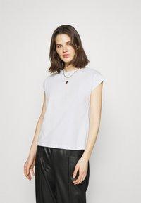 Anna Field - Jednoduché triko - white - 0