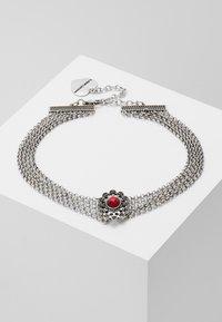 Alpenflüstern - LUZIA - Halsband - silver-coloured/red - 0
