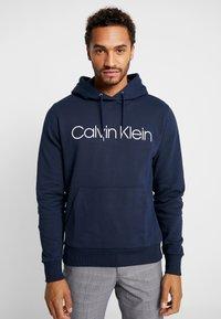 Calvin Klein - LOGO HOODIE - Hoodie - navy - 0