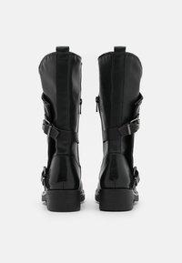 Tata Italia - Kowbojki i obuwie motocyklowe - black - 3