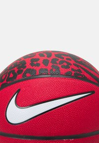 Nike Performance - VERSA TACK SIZE 7 - Basketball - university red/black/white - 1