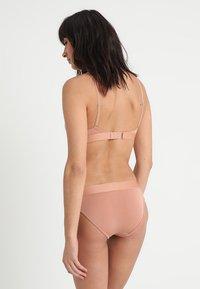 Calvin Klein Underwear - Figi - beige - 2