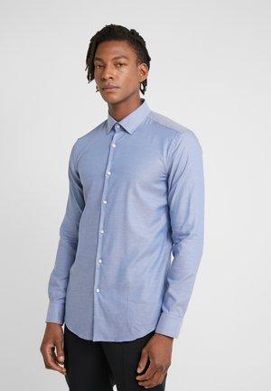 KOEY - Formal shirt - medium blue