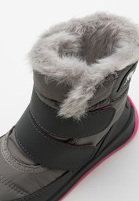 Sorel - CHILDRENS WHITNEY II UNISEX - Winter boots - quarry - 5