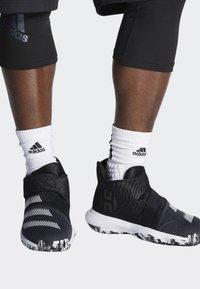 adidas Performance - HARDEN B/E 3 SHOES - Basketball shoes - black/white/grey - 0