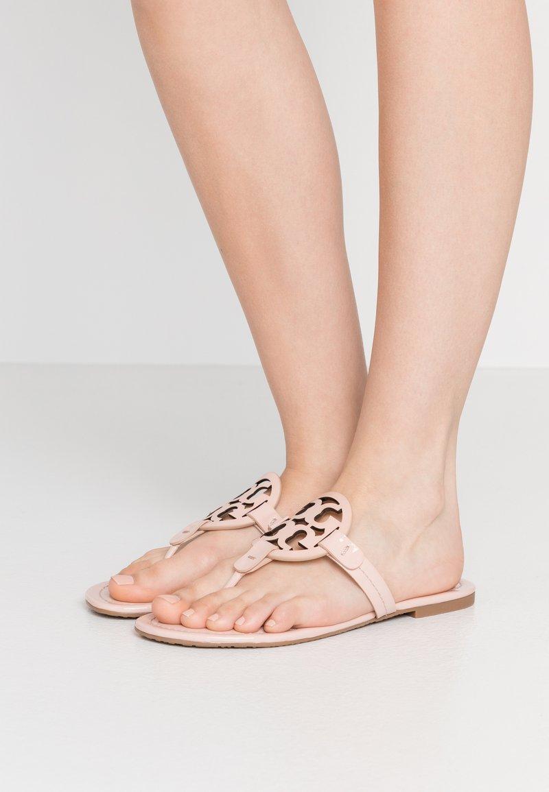 Tory Burch - MILLER - Sandály s odděleným palcem - sea shell pink