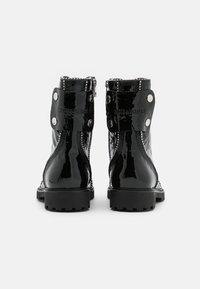 Zadig & Voltaire - JOE WRINKLE  - Lace-up ankle boots - noir - 3